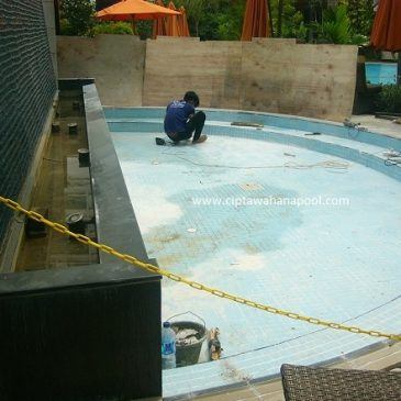 Renovasi Kolam Renang Hotel Shangrila Jakarta
