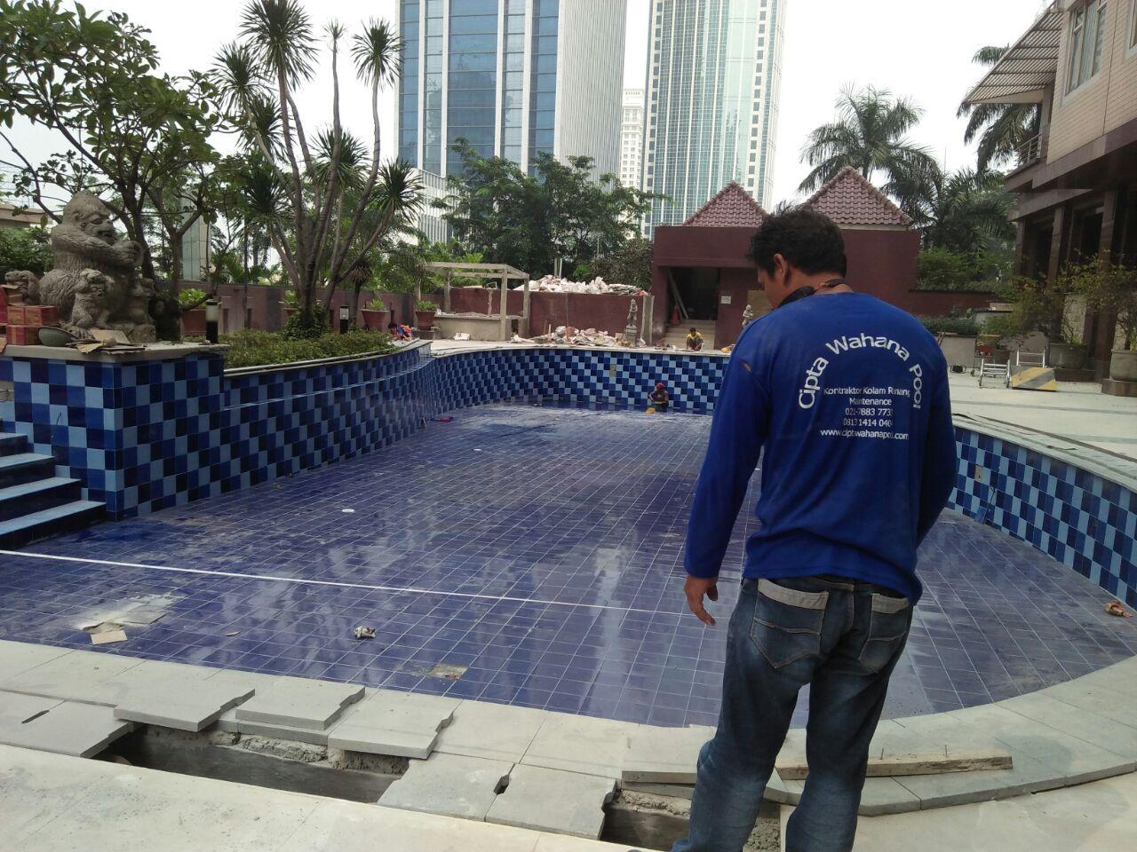 Jasa Renovasi Kolam Renang BSD Tangerang Selatan
